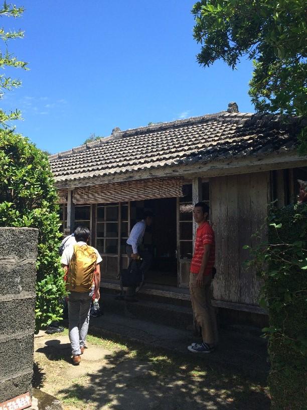 沖縄民家の離れ